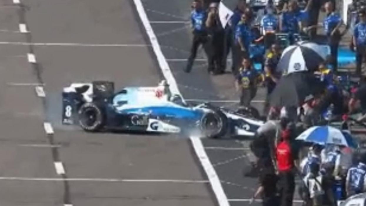 Error de Max Chilton en el pit-lane