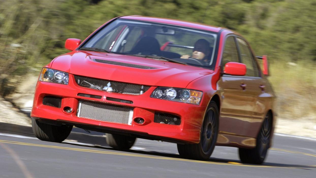 Mitsubishi Lancer Evo MR llave tubo motor