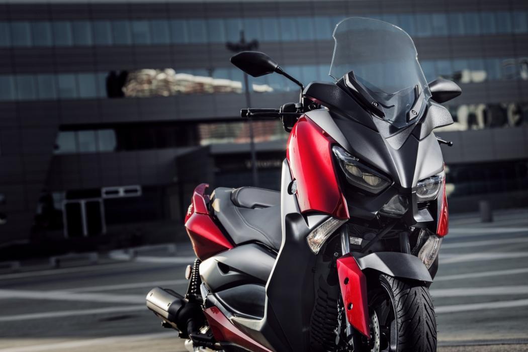 nuevo yamaha x max 125 2018 un superventas muy completo motos. Black Bedroom Furniture Sets. Home Design Ideas