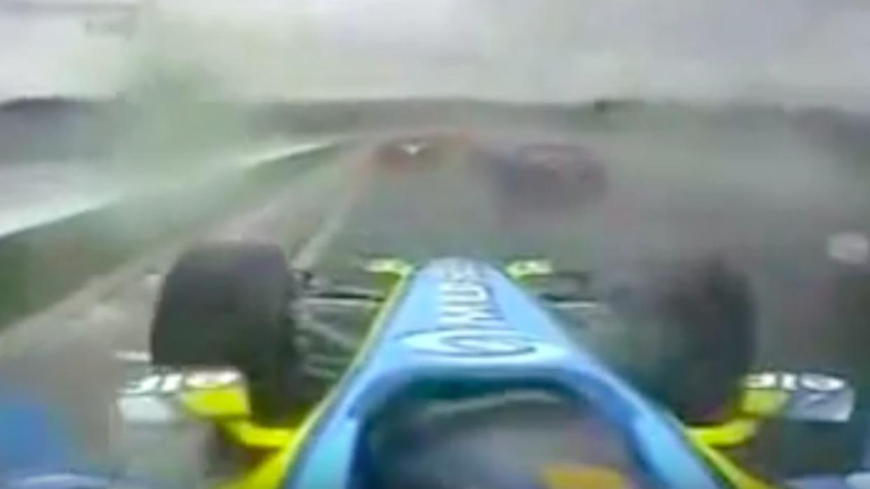 Salida de Fernando Alonso en el GP Hungria 2006