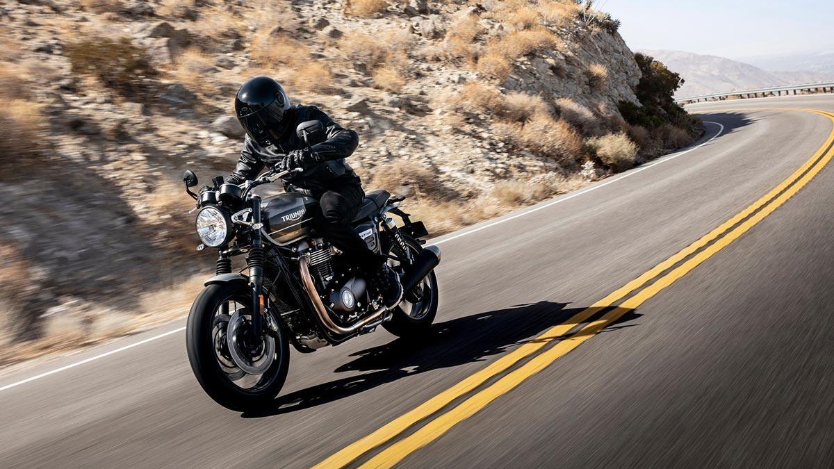 moto altas prestaciones custom roadster